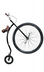 image du velo qu ax avec une grande roue et une petite roue